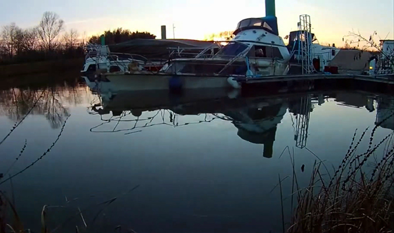 Bateau concept - Renflouement de votre bateau - Port de Mâcon
